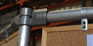 Choosing Between Aluminium and Galvanised Tube Fittings