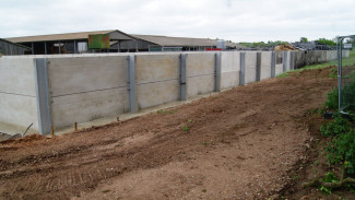 Silage Pit Safety Barriers - Kee Klamp Rails