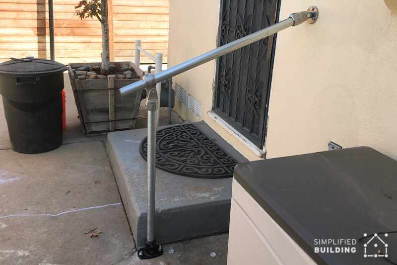 Single step external handrail
