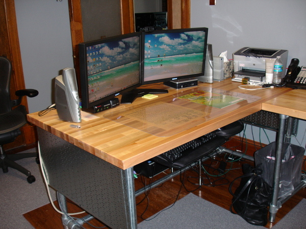 wood panelled diy desk