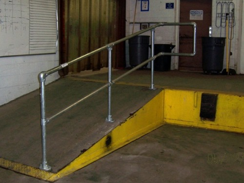 tube handrail for warehouse
