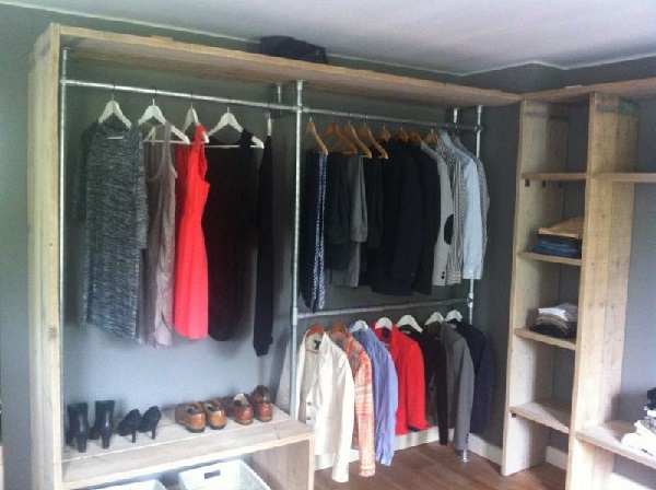 Diy Clothing Rail For Walk In Wardrobes Simplified Building